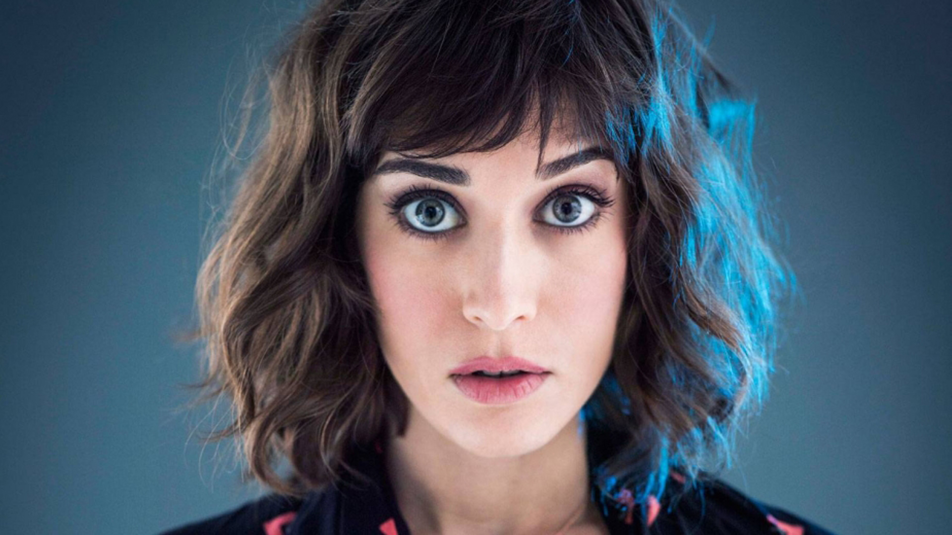 Lizzy Caplan HD Wallpapers