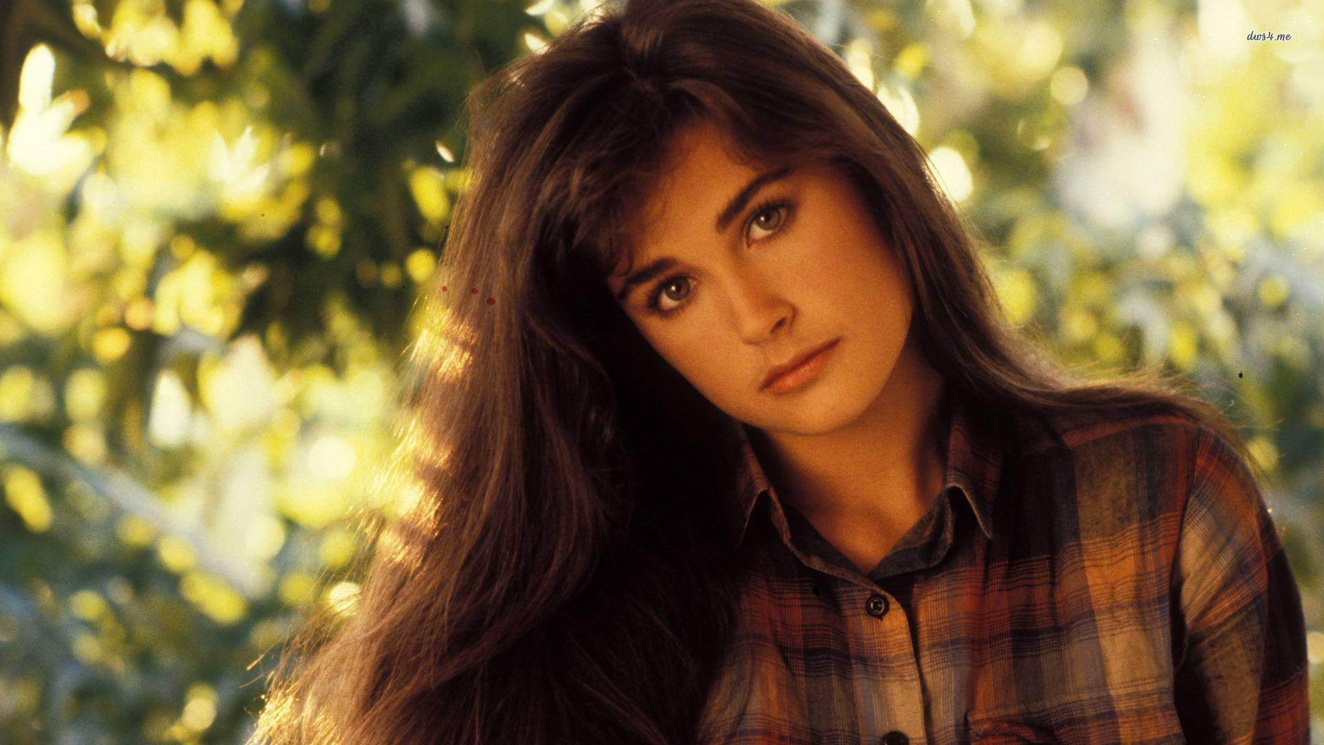 Demi Moore HD Wallpapers