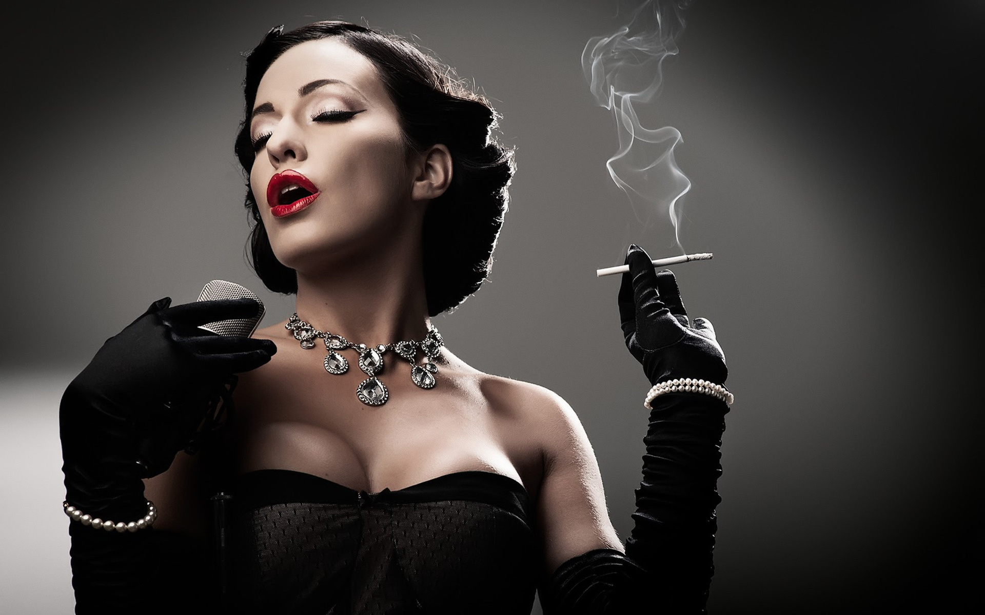 Dita Von Teese HD Wallpapers