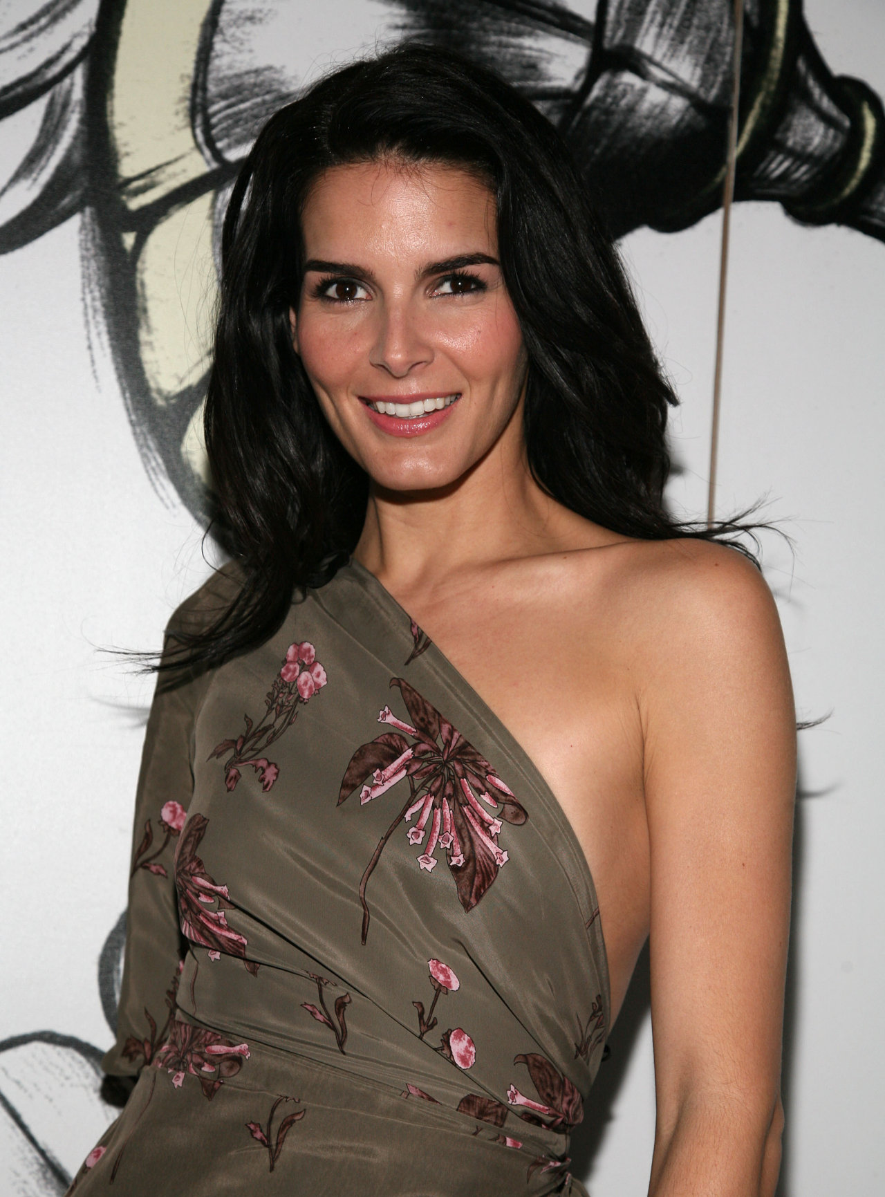 Angie Harmon At More Magazine September 2013: Angie Harmon HD Wallpapers For Desktop Download