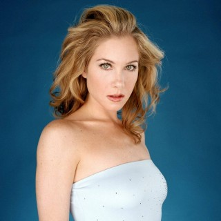 Christina Applegate download wallpapers