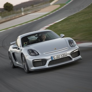 Porsche Cayman GT photos