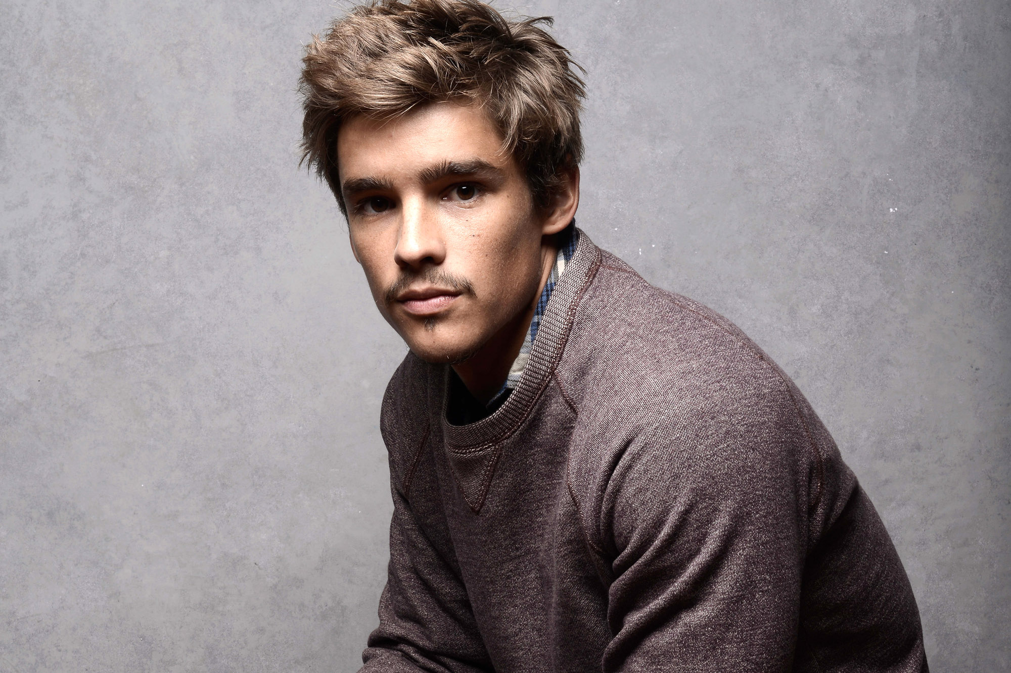 Brenton Thwaites HD Wallpapers