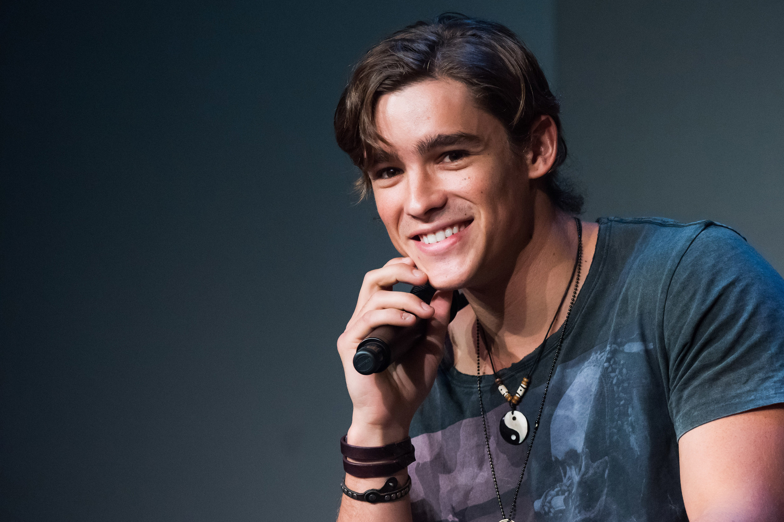 brenton thwaites fansitebrenton thwaites личная жизнь, brenton thwaites 2016, brenton thwaites wife, brenton thwaites blue lagoon, brenton thwaites instagram, brenton thwaites orlando bloom, brenton thwaites gif, brenton thwaites pirates of caribbean, brenton thwaites films, brenton thwaites family, brenton thwaites biography, brenton thwaites vk, brenton thwaites chloe pacey, brenton thwaites ferragamo, brenton thwaites and elle fanning, brenton thwaites interview, brenton thwaites filme, brenton thwaites fansite, brenton thwaites milan, brenton thwaites abs