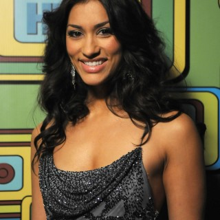 Janina Gavankar photos