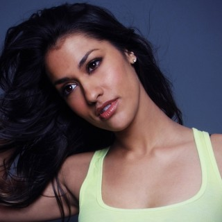 Janina Gavankar wallpapers