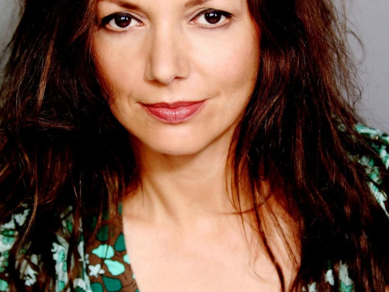 Joanne-Whalley-Photos