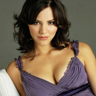 Katharine Hope McPhee wallpapers desktop
