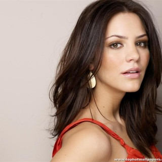 Katharine Hope McPhee widescreen