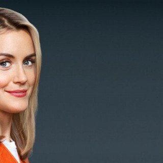 Taylor Schilling 2017