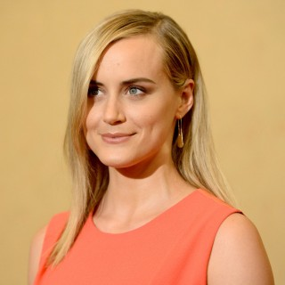 Taylor Schilling hd wallpapers