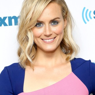 Taylor Schilling 2016