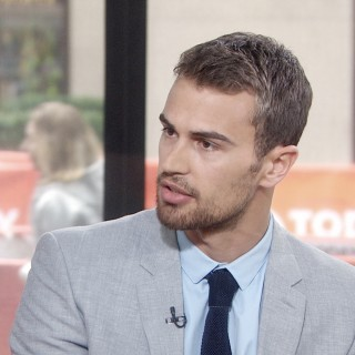 Theo James wallpapers