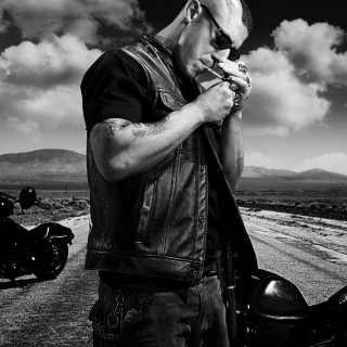Theo Rossi wallpapers