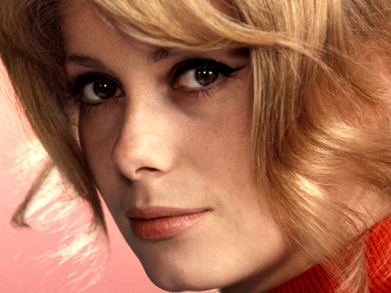 Catherine-Deneuve-High-Definition-Wallpapers