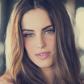 Jessica Lowndes new