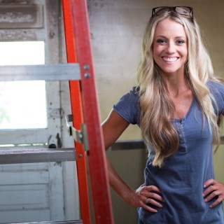 Nicole Curtis pictures