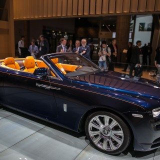 Rolls-Royce Dawn hd