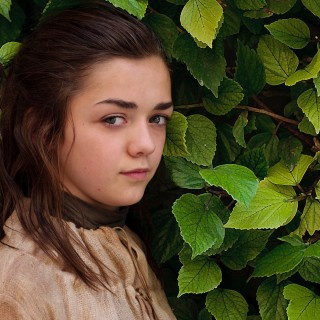 Maisie Williams background