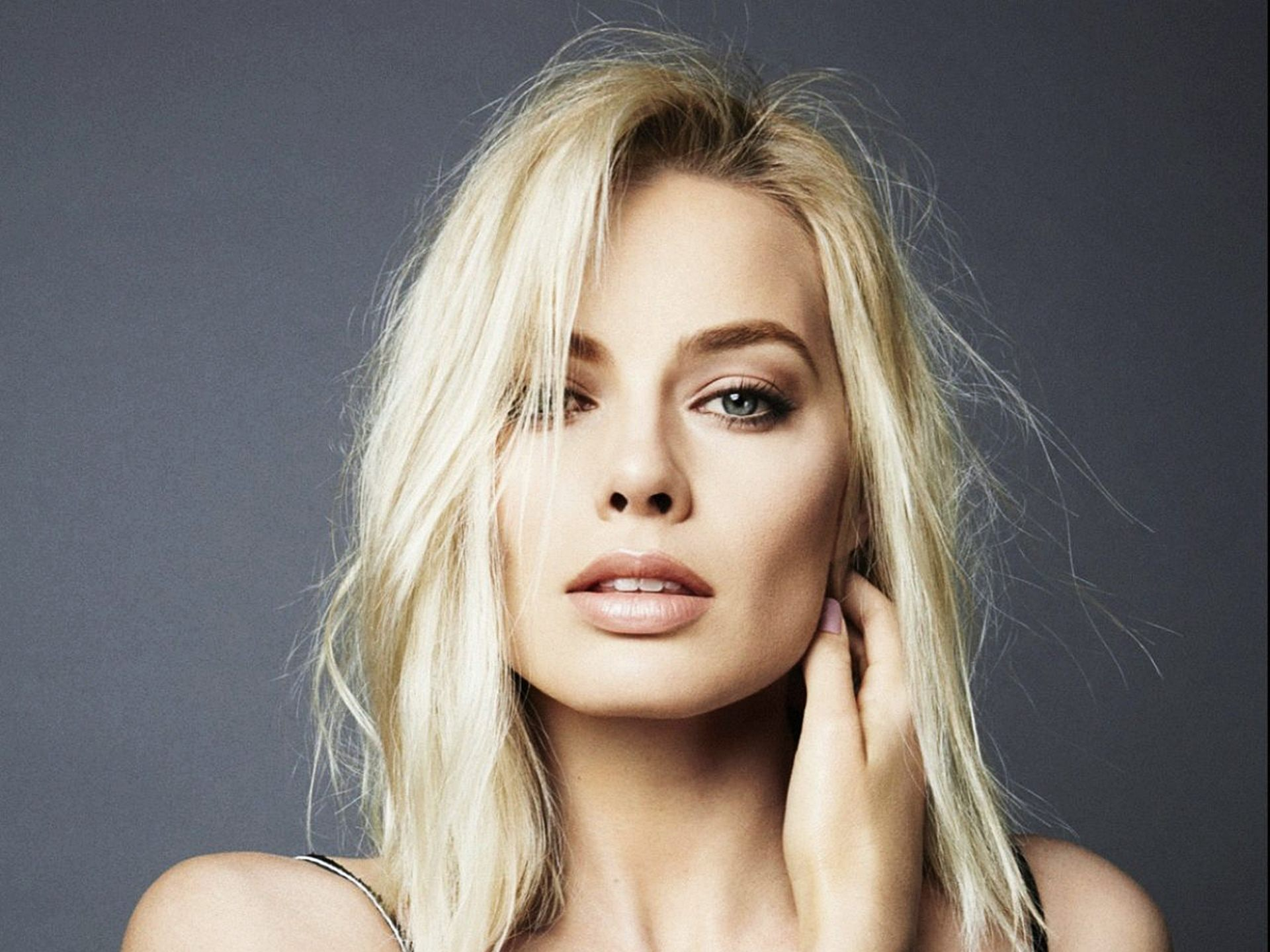 Margot Robbie HD Wallpapers