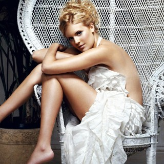 Maggie Grace high resolution wallpapers