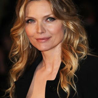 Michelle Pfeiffer free wallpapers