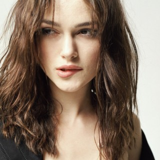Keira Knightley download wallpapers
