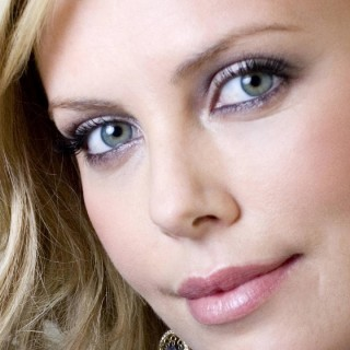 Charlize Theron download wallpapers