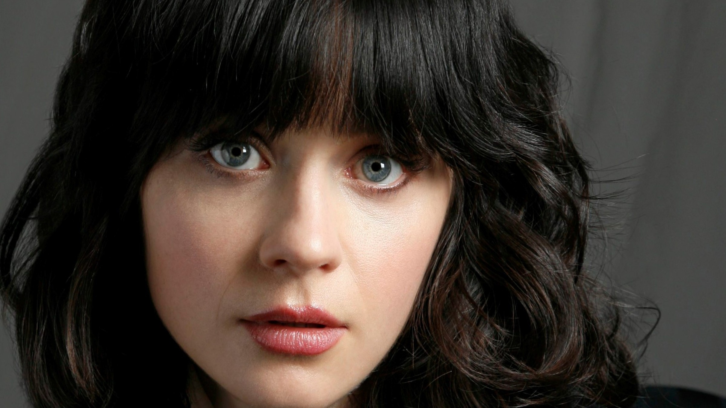 Zooey Deschanel HD Wallpapers