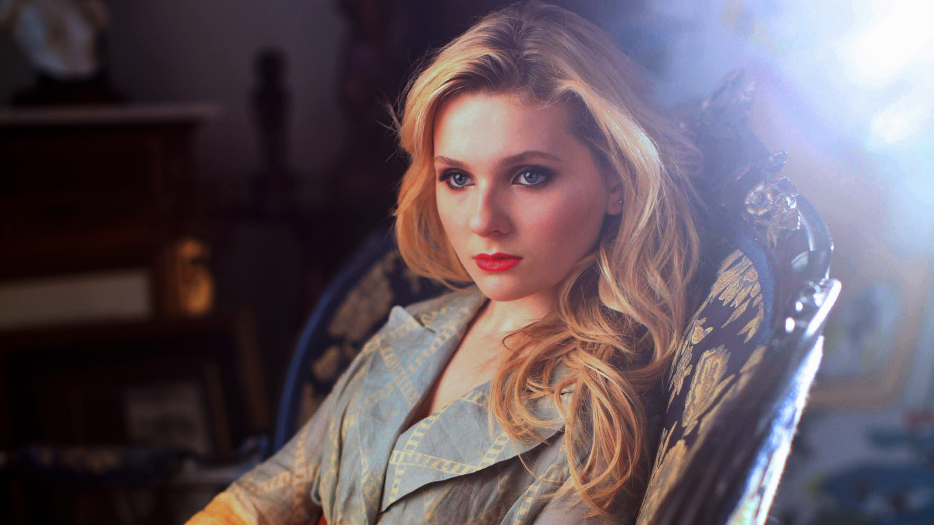 Abigail Breslin HD Wallpapers