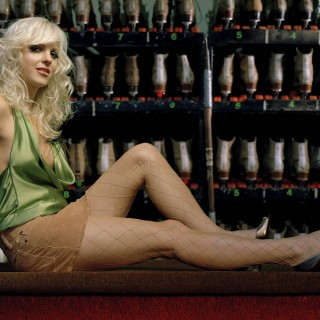 Anna Faris high resolution wallpapers