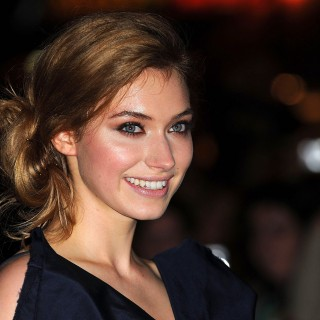 Imogen Poots background