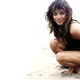 Rosario Dawson wallpapers widescreen