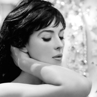 Monica Bellucci free wallpapers