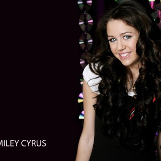 Miley Cyrus download wallpapers