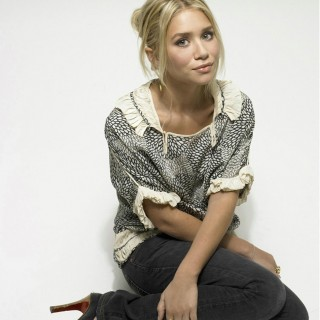 Ashley Olsen hd wallpapers