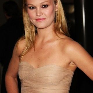 Julia Stiles high quality wallpapers