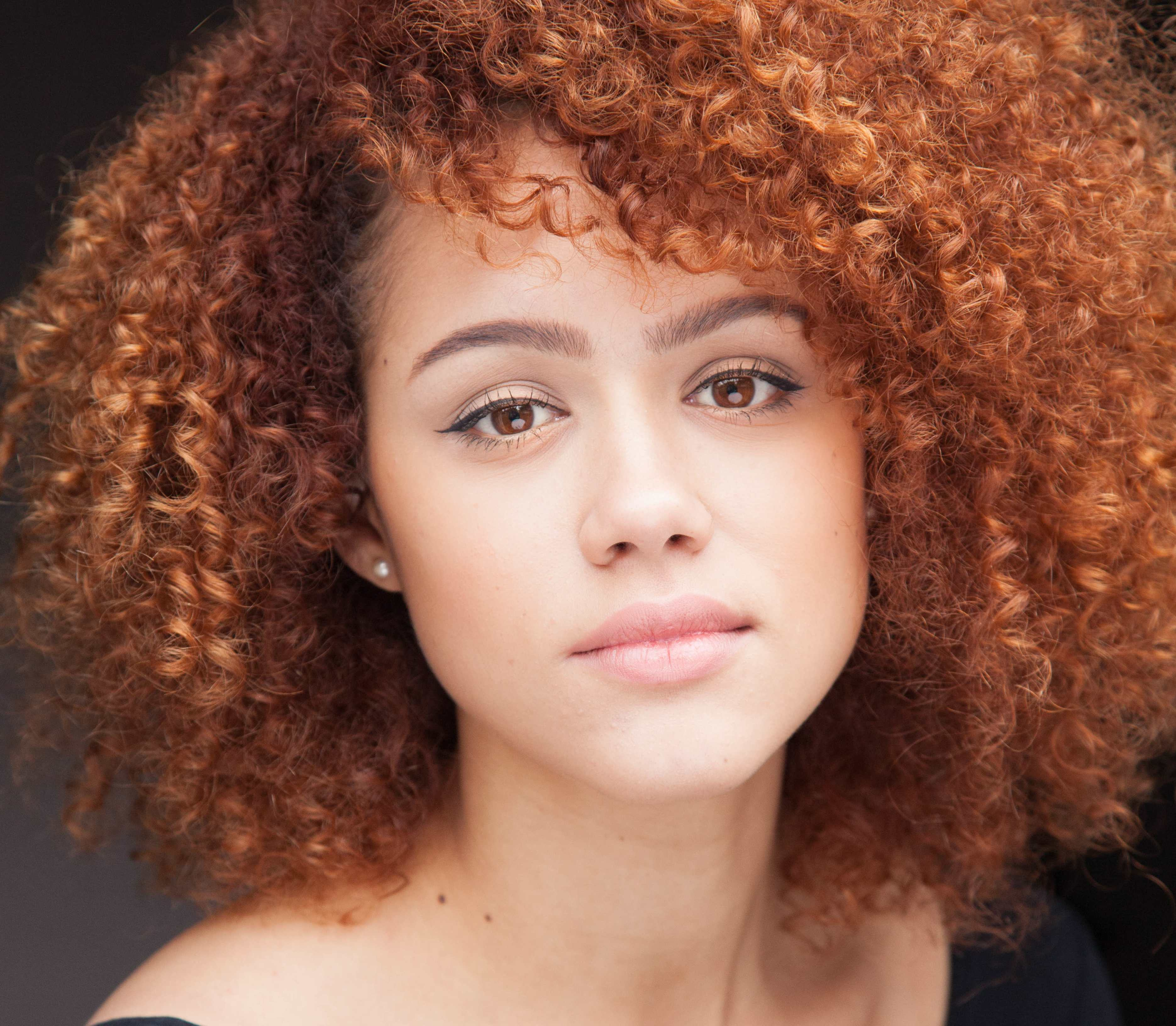 Nathalie Emmanuel HD Wallpapers