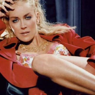 Sharon Stone download wallpapers
