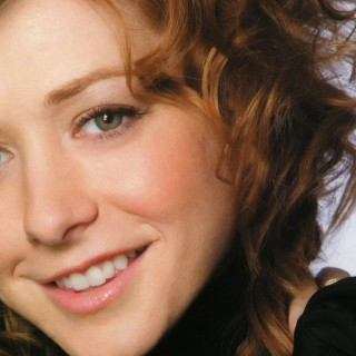 Alyson Hannigan wallpapers widescreen