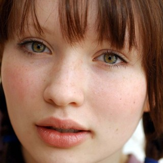 Emily Browning pics