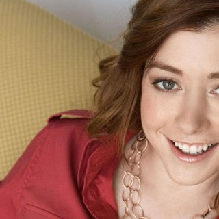 Alyson Hannigan high resolution wallpapers