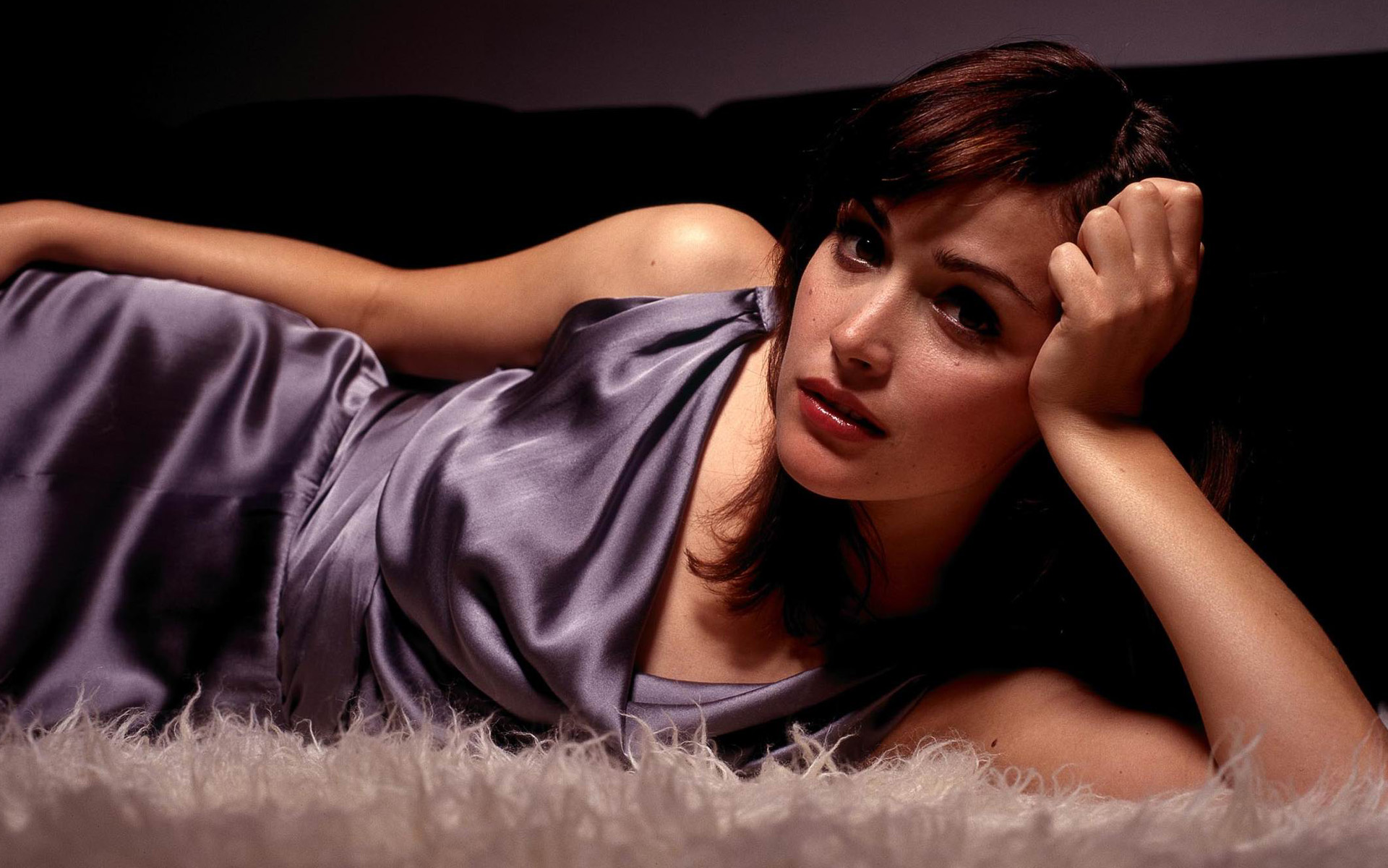 Rose Byrne HD Wallpapers