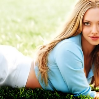 Amanda Seyfried free wallpapers