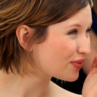 Emily Browning wallpapers widescreen