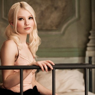 Emily Browning high quality wallpapers