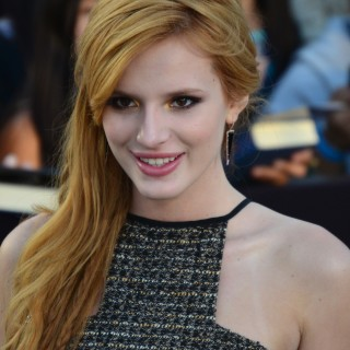 Bella Thorne hd wallpapers