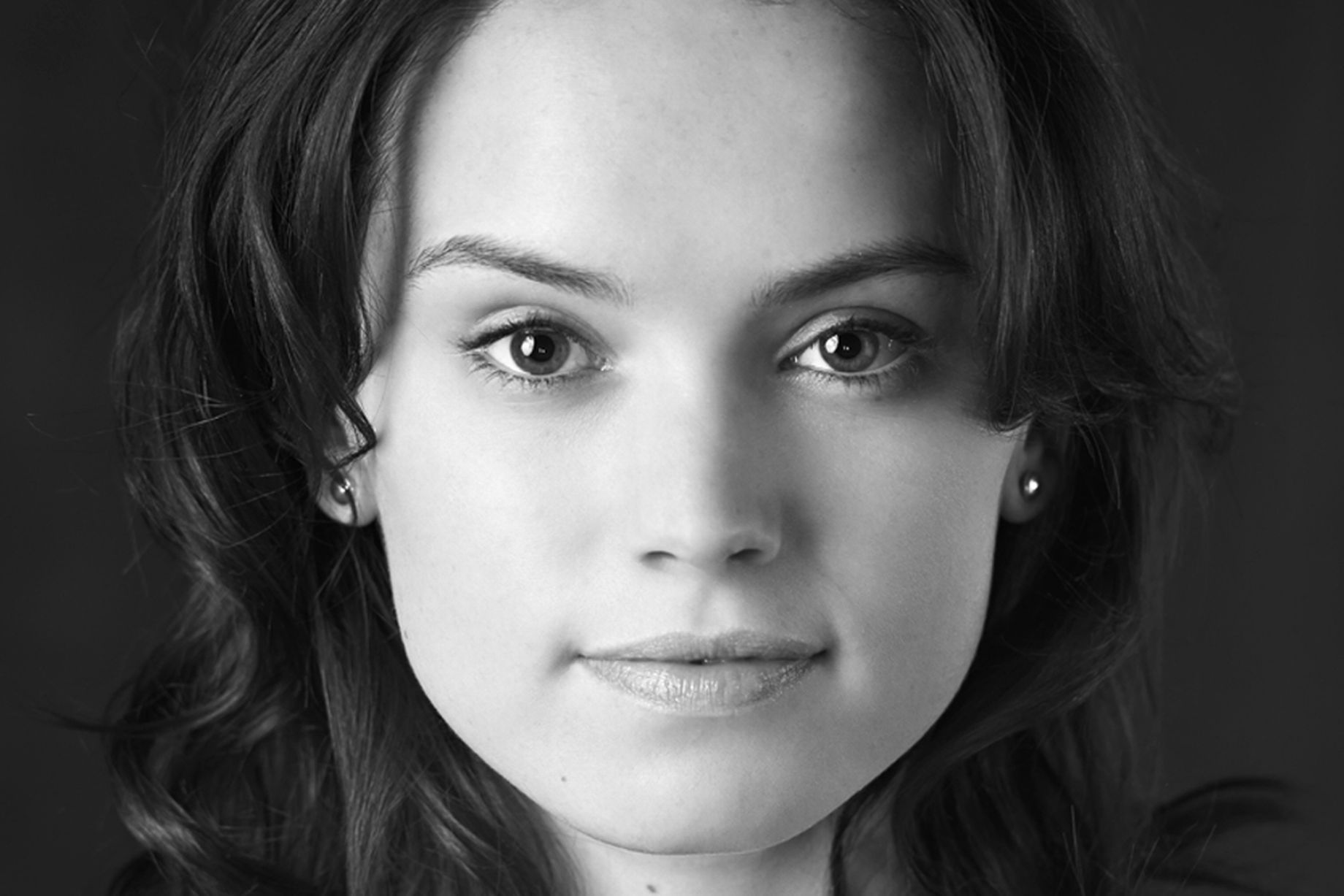 Daisy Ridley HD Wallpapers