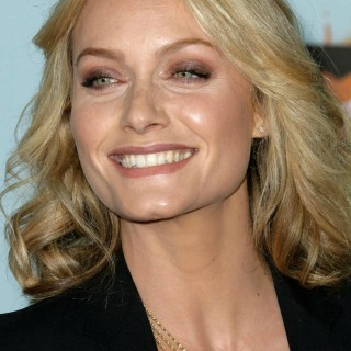 Amber Valletta high resolution wallpapers
