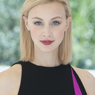 Sarah Gadon high resolution wallpapers